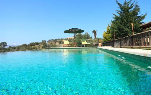 villa-stunning-seaviews-alcudia_4.jpg