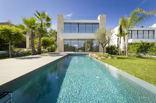 New architect design villa with beautiful views over Palma bay