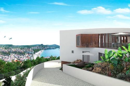 Ultramodern villa with sensational sea views