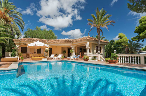 Sol de Mallorca - elegant sea view villa with guest apartment