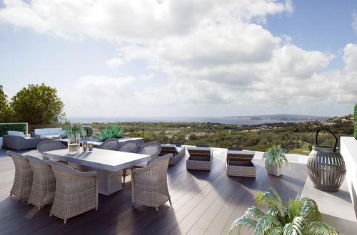 First class villa with sea views 5 minutes from Palma