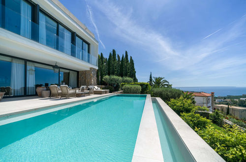 New luxury villa with fantastic panoramic sea views and infinity pool