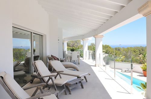 Magnificent villa with stunning views over the Mediterranean Sea