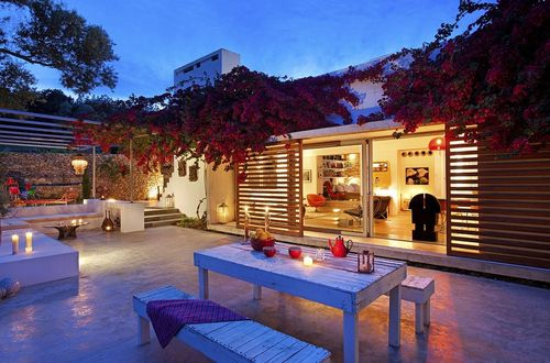 Idyllic situated residence in San Agustin