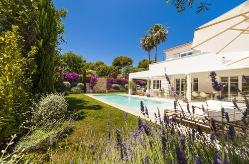 Magnificent family villa in Mediterranean style