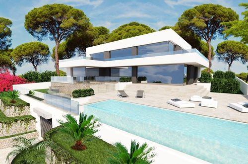 Rare opportunity - sea view villa in sought after location