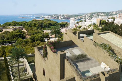 Exclusive first floor apartment with panoramic sea views