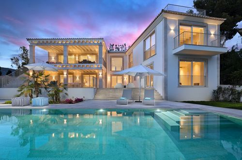 Impeccable villa with unforgettable sea views