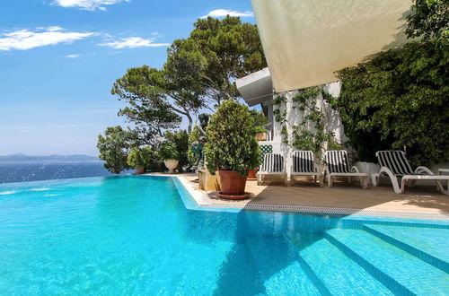 Charmig villa direkt vid havet