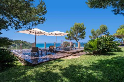 25 minuter ifrån Palma stad - unika drömvilla direkt vid havet
