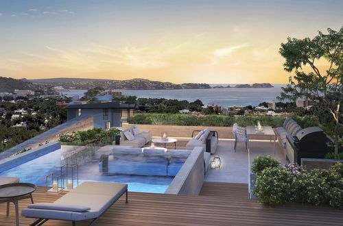 Breathtaking sea view penthouse with private rooftop pool