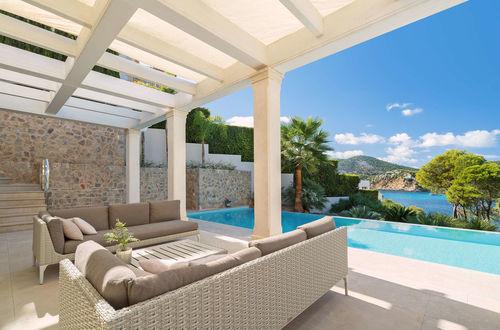 Unique opportunity - Mediterranean natural stone villa with sea view