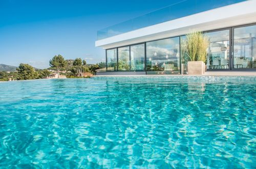 Unforgettable villa with panoramic sea views over the bay of Santa Ponsa
