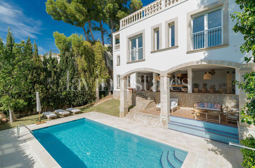 Very charming sea view villa in best location of Cas Catala