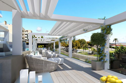 Pure luxury - top investment opportunity right at the harbor!