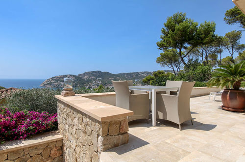 First class villa with magnificent harbor and sea views