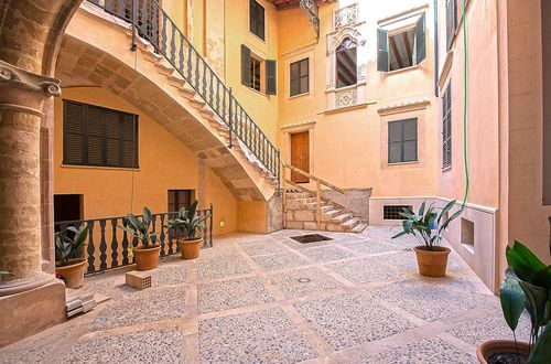 Lägenhet i ett fantastisk palats i gamla stan i Palma de Mallorca
