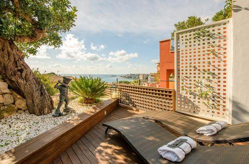 Stilig lägenhet med utsikt över havet i La Bonanova