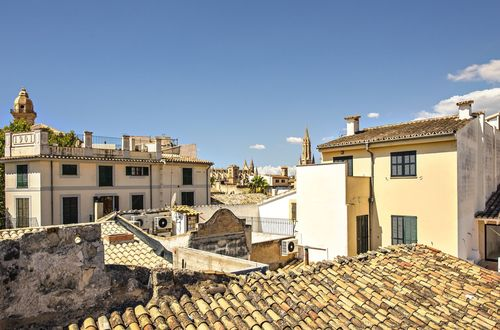 Investment opportunity in a unique townhouse in Palma