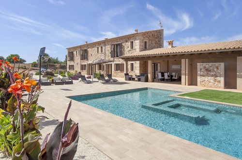 Luxurious finca with a large plot