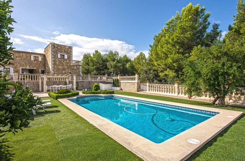 Charming stone faced villa with panoramic views