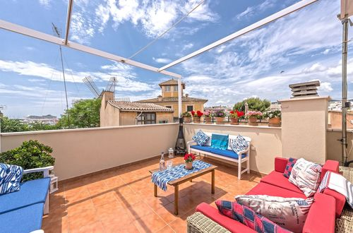 Townhouse with sea views in the trendiest district of Palma