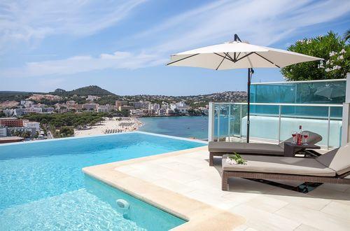 Stunning villa above the beach with panoramic sea views
