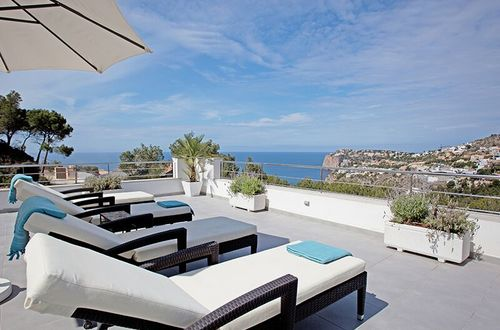 Romantic luxury villa in top location with fantastic pool area and breathtaking panoramic sea view