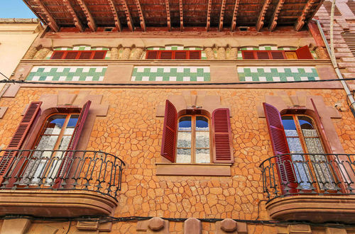 Unique historic apartment building in Gaudi style in sought-after El Terreno