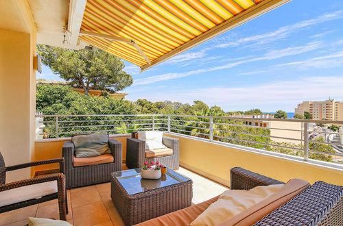 Modern villa med gästvåning i Cala Vinyas