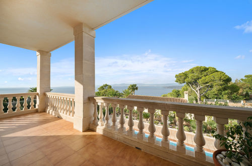 Traditional sea view villa close to Palma