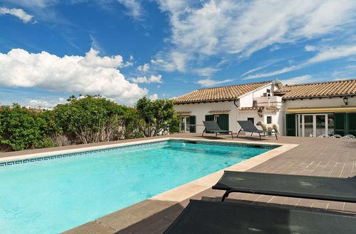 Modern villa med vacker utsikt i utkanten av Palma