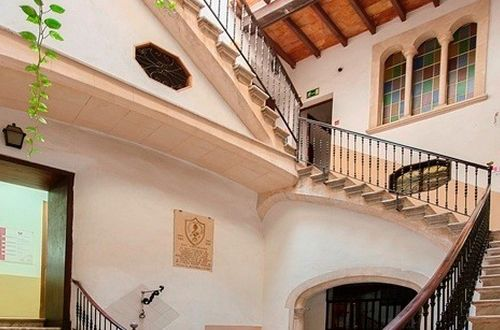 Magnifik stadspalats i Palmas historiska centrum