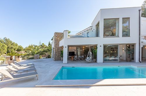 REFURBISHED ELEGANT VILLA OVERLOOKING SANTA PONSA BAY