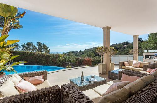 Elegant villa med vacker utsikt över Palmabukten