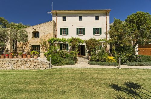 Beautifully restored Finca from the 18th century with three guest houses