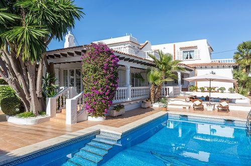 Beautiful Ibiza-style villa by the beach of Palmanova
