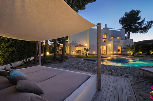 Modern Ibiza-style villa in the beautiful Sol de Mallorca