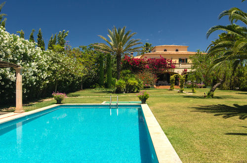 High-quality Finca with fully equipped stable and a landscaped garden