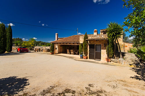 Beautiful, authentic Mallorcan style country house
