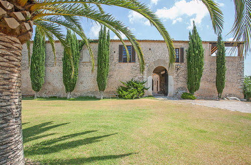 Historic finca with beautiful surroundings