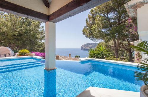 Mediterrane Villa mit herrlichem Meerblick in Camp de Mar.