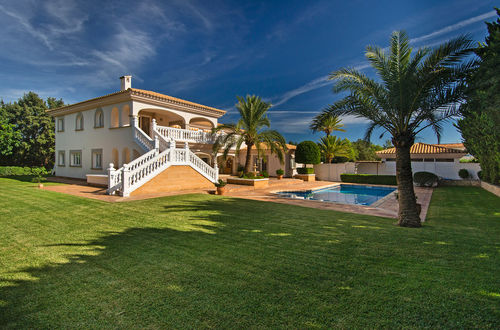 Attractive villa in an exclusive area