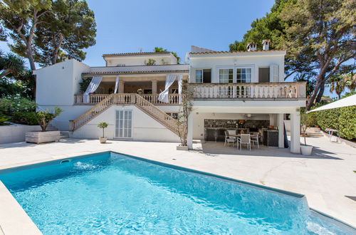 Recently refurbished villa on the exclusive hill of Cas Catala
