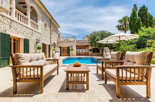 Spectacular villa in the village centre of Es Capdella