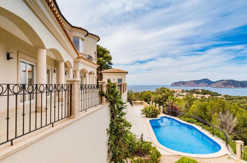 This extraordinary new villa impresses