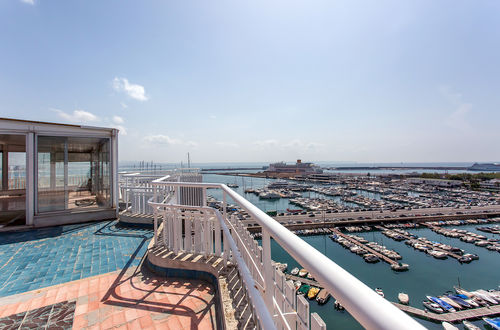 Penthouse with stunning views at Paseo Maritimo