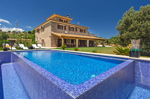 Enchanting villa with complete privacy and a holiday rental licence