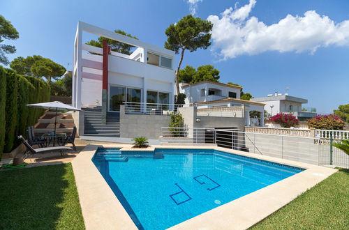 Modern villa with beautiful views