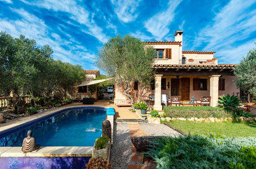Majorcan villa with guest apartment in the middle of a green oasis